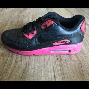 Women's Size 8.5 Nike Air Max Pink and Black